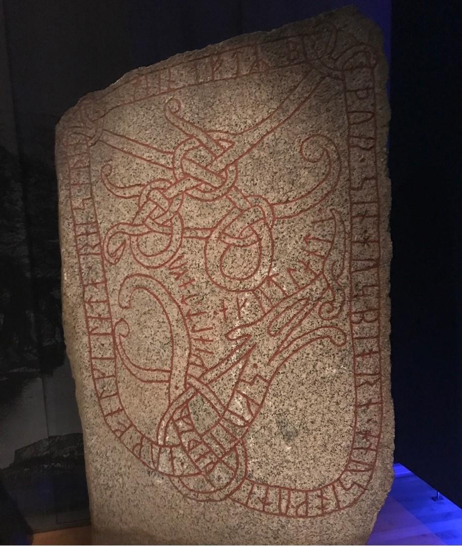 Torsatra runestone