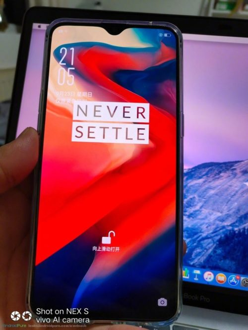 small resolution of  is that the bottom of the phone s case features a cutout for a 3 5mm headphone jack oneplus next smartphone won t feature an analog audio connection