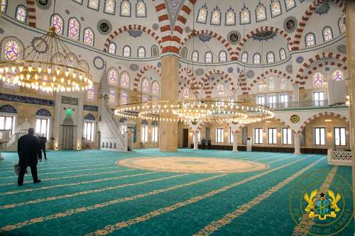 7162021111752-0f72ylkxwr-inside-the-national-mosque-complex-of-ghana