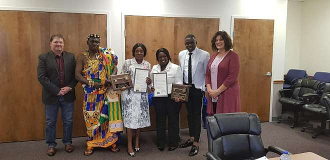 928201824454 0g730m4yxs ohemaa mercy receives key to city of cincinnati in americadce5344656b146b2a63cd73418ac69e9