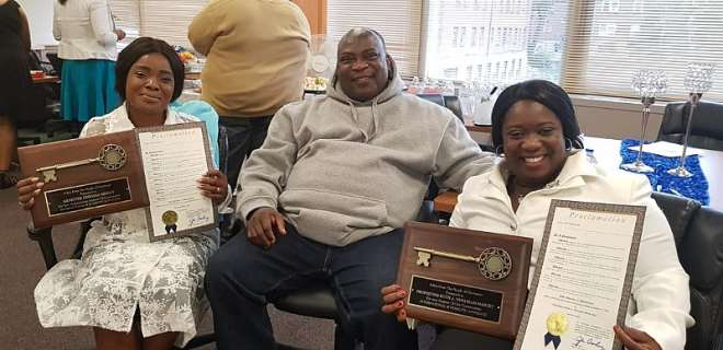 928201824527 n6jum8x432 ohemaa mercy receives key to city of cincinnati in america722d39d1ef474b0590162013625a8793