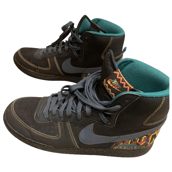 Pre-owned Nike Sb Dunk Black Cloth Trainers   ModeSens
