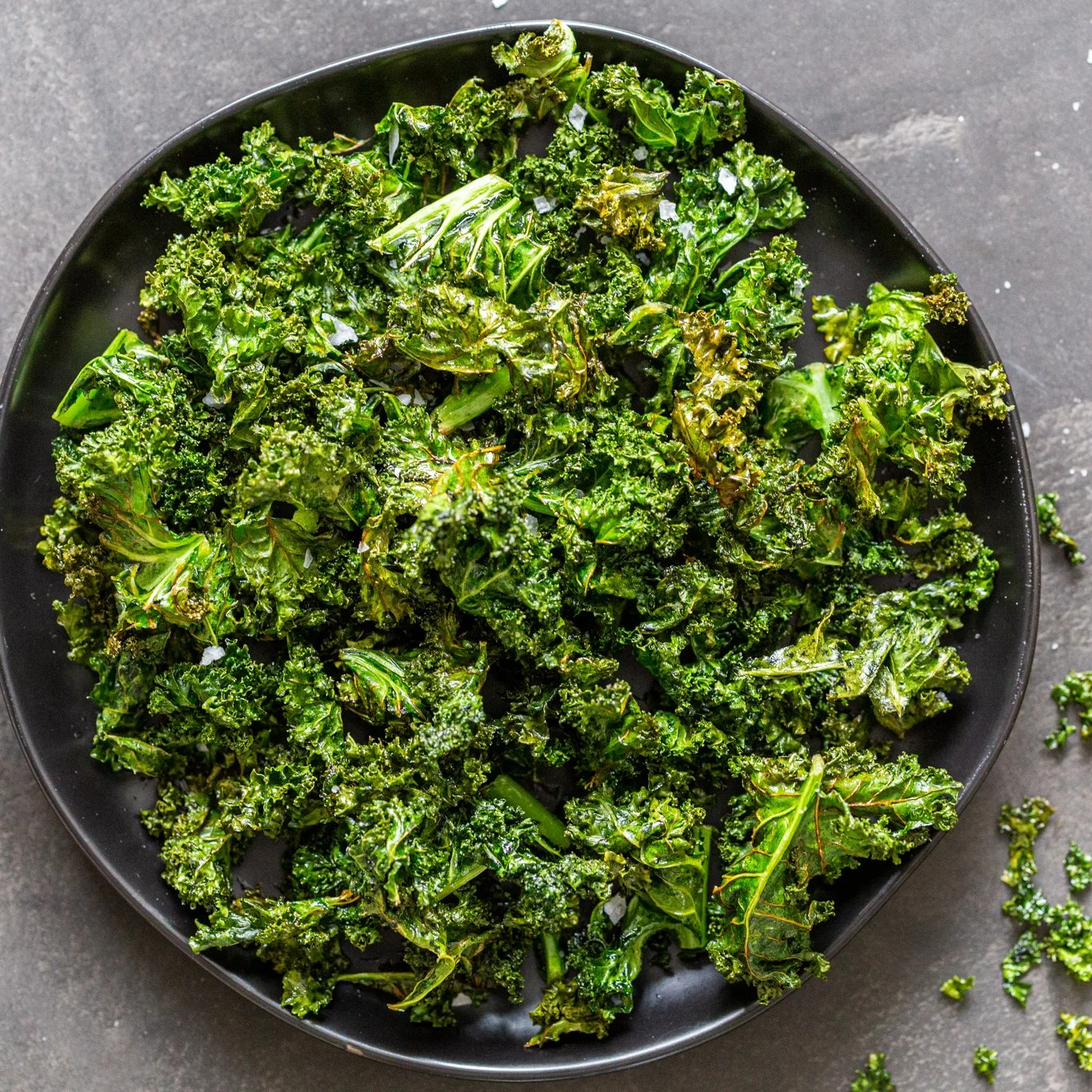 Air fryer kale chips on a plate