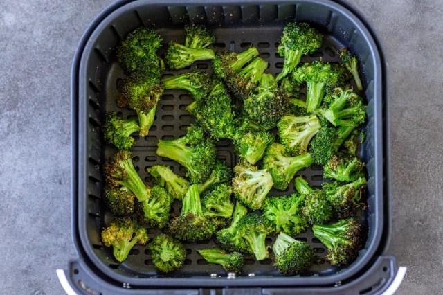 21 Minute Air Fryer Broccoli Recipe