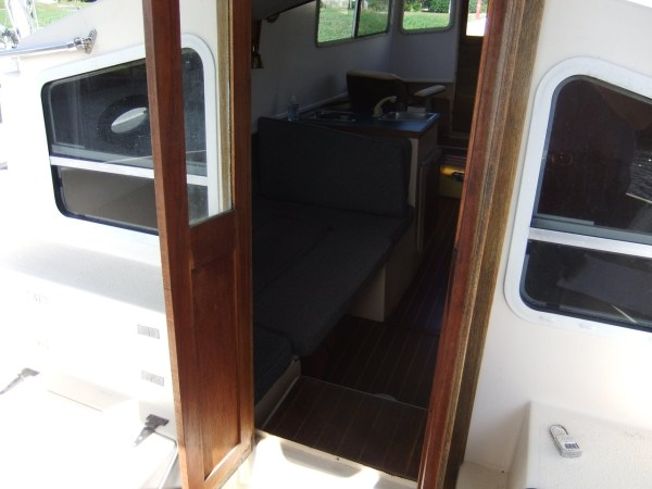 Nomad 25 Houseboat - Year of Clean Water