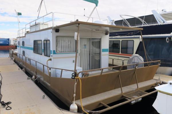 Pontoon Houseboat Floor Plans - Year of Clean Water