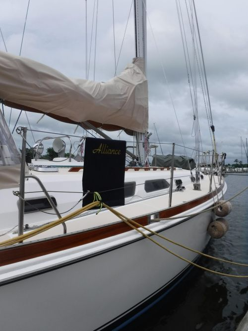 small resolution of used sabre 452 racer and cruiser sailboat for sale