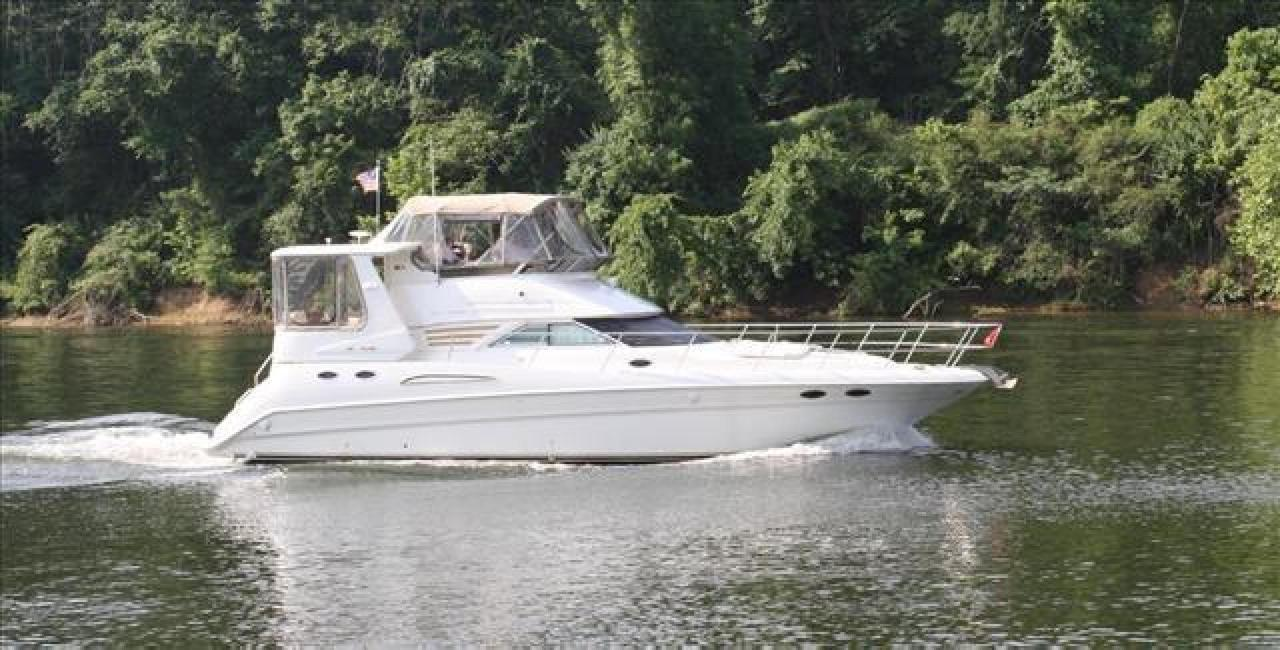 hight resolution of used sea ray 420 aft cabin motor yacht for sale