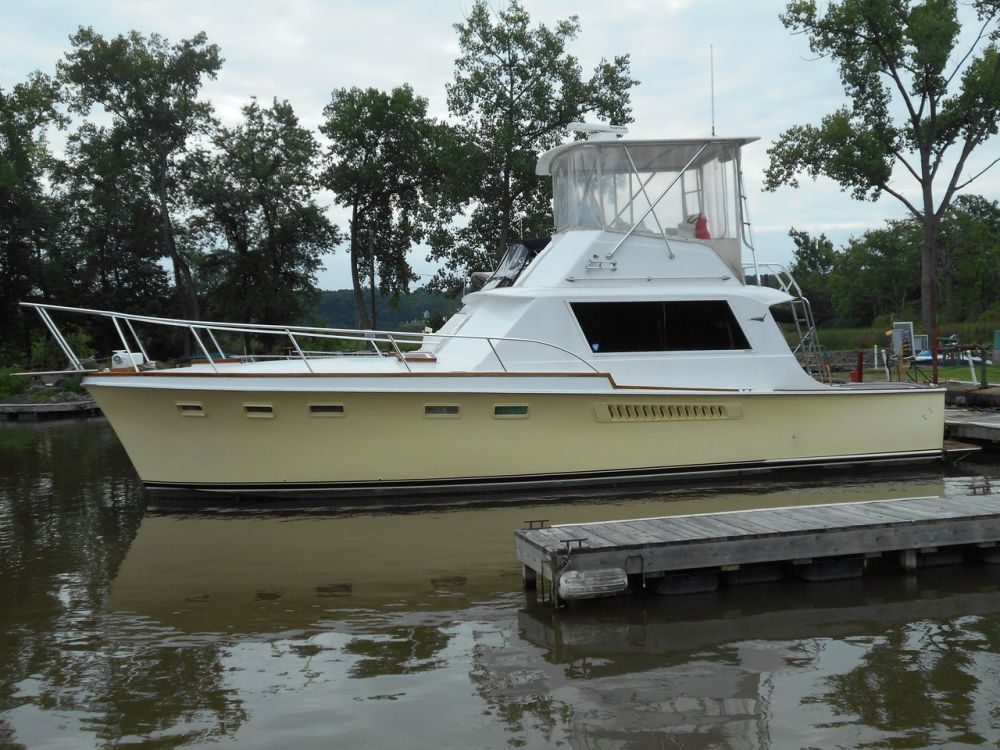 medium resolution of used hatteras sport fish convertible fishing boat for sale