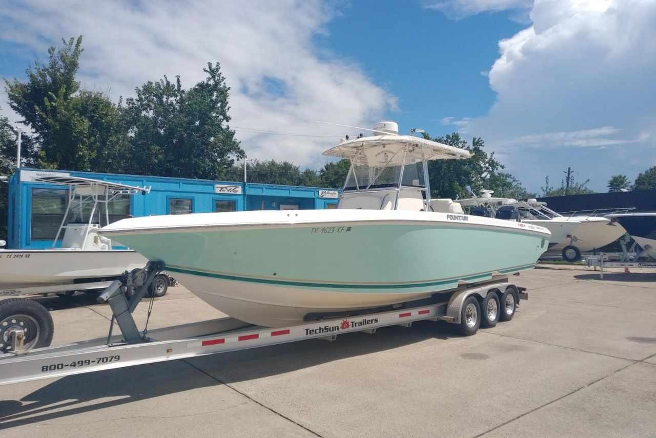 hight resolution of used fountain 32 center console center console fishing boat for sale