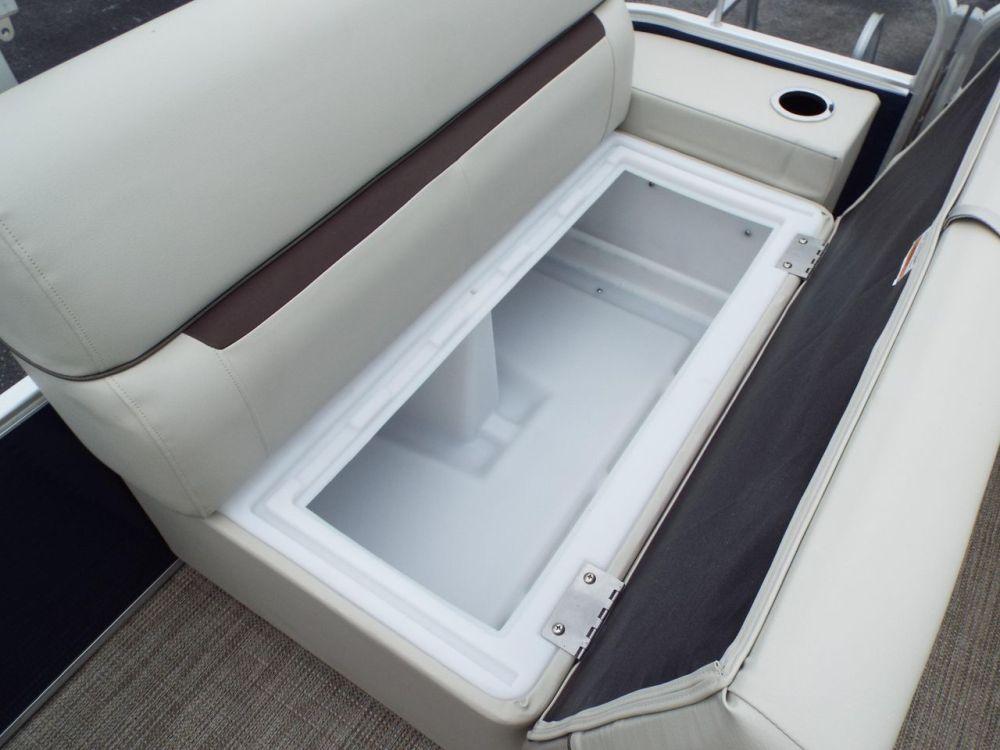 medium resolution of  new sweetwater sunrise 226csunrise 226c pontoon boat for sale