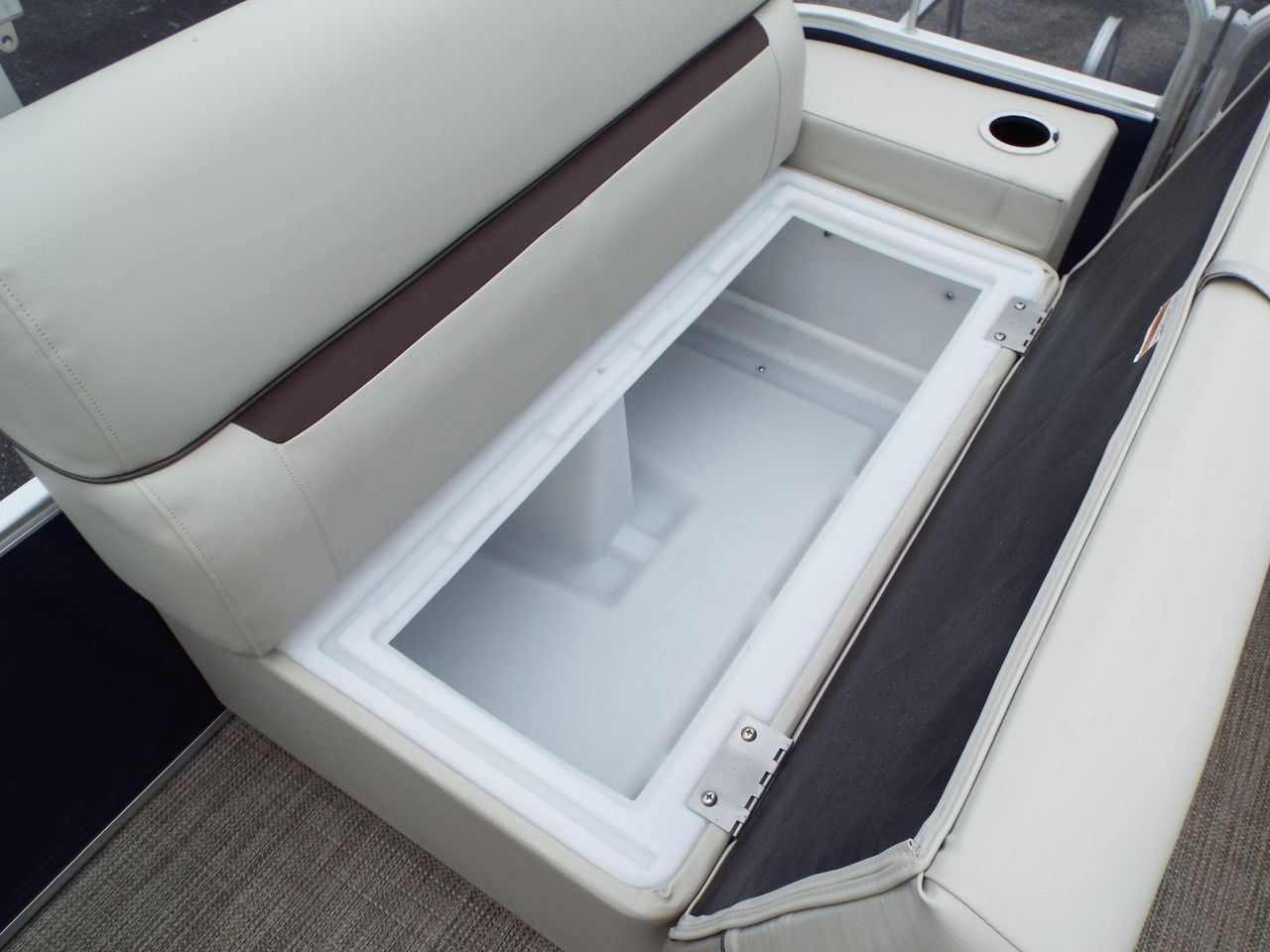 hight resolution of  new sweetwater sunrise 226csunrise 226c pontoon boat for sale