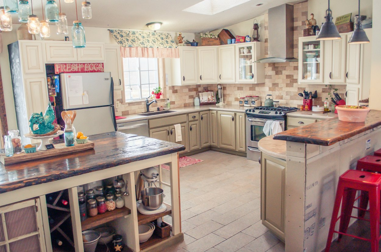 mobile home kitchens spruce up your with any of these 26 inventive ideas 23 chantal s chic country cottage