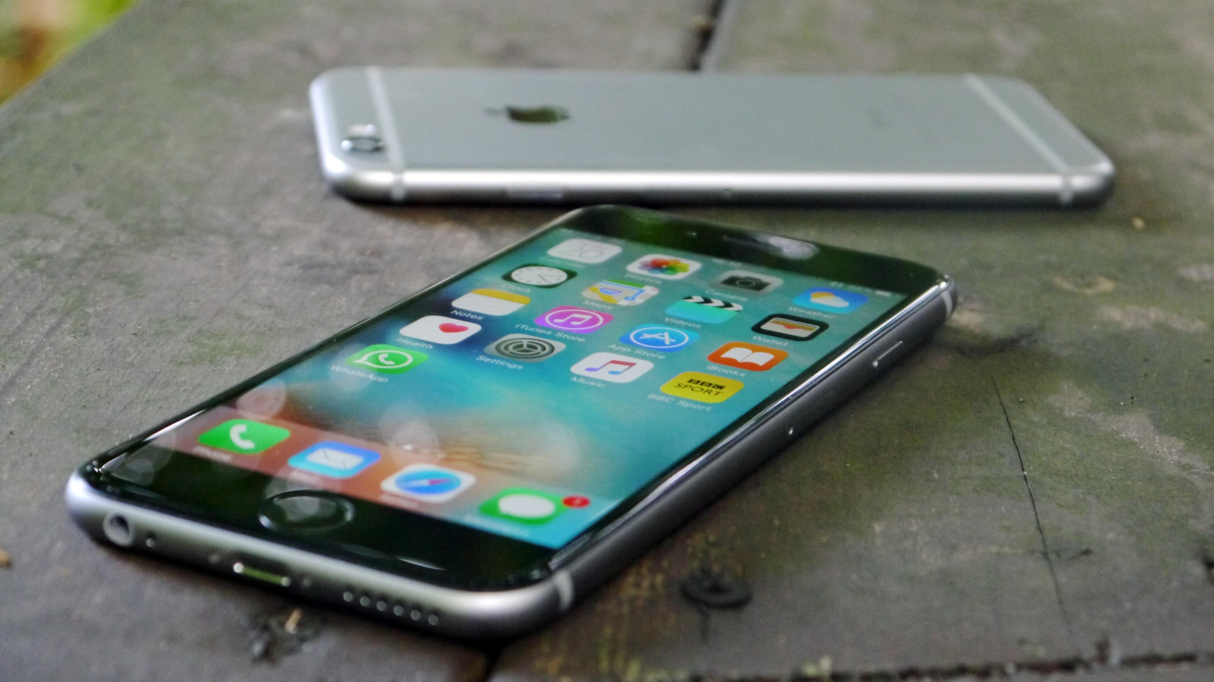 Moto Z vs iPhone 6S