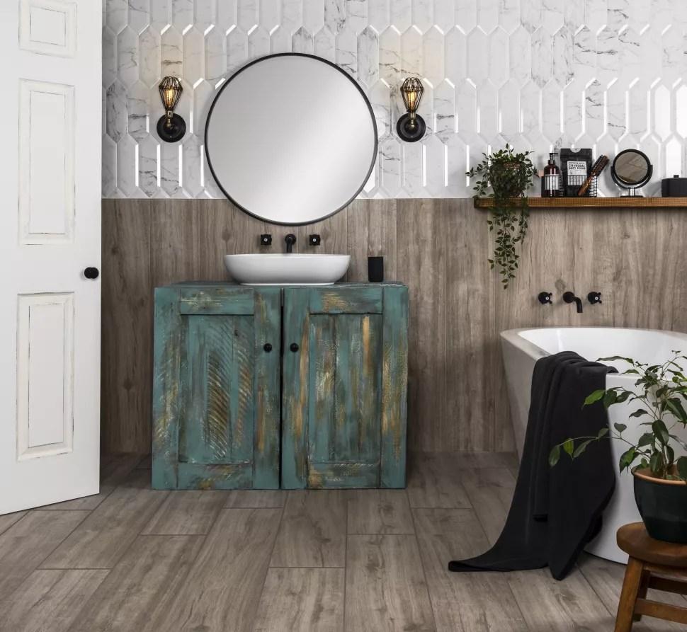 wood effect tiles in bathroom