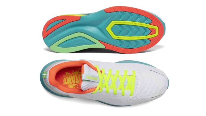 Saucony Endorphin Shift Review Feel The Bounce In These Asics Novablast Rival Running Trainers T3