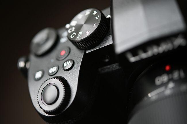 إستعراض كاميرا Panasonic G95 / G90 الجديدة 7
