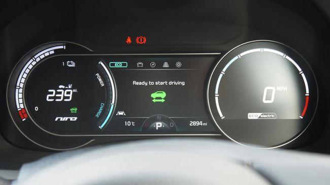 تفاصيل السيارة الكهربائية الجديدة (2019) Kia e-Niro 14