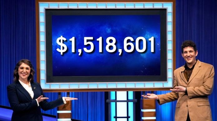 Matt Amodio and Mayim Bialik celebrating his Jeopardy win streak