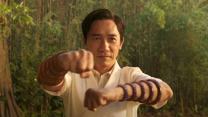 El primer tráiler completo de 'Shang-Chi' de Marvel muestra el poder de los  Diez Anillos   TechRadar