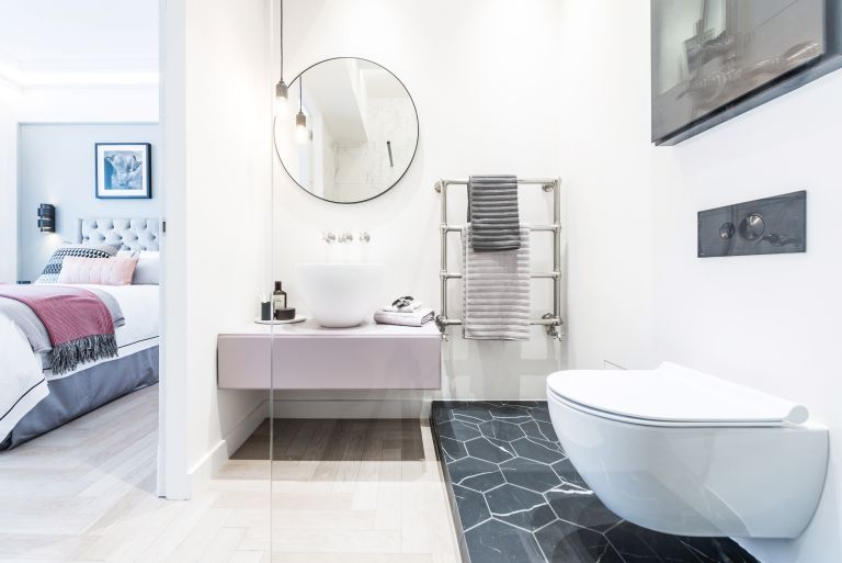How To Create An En Suite Bathroom