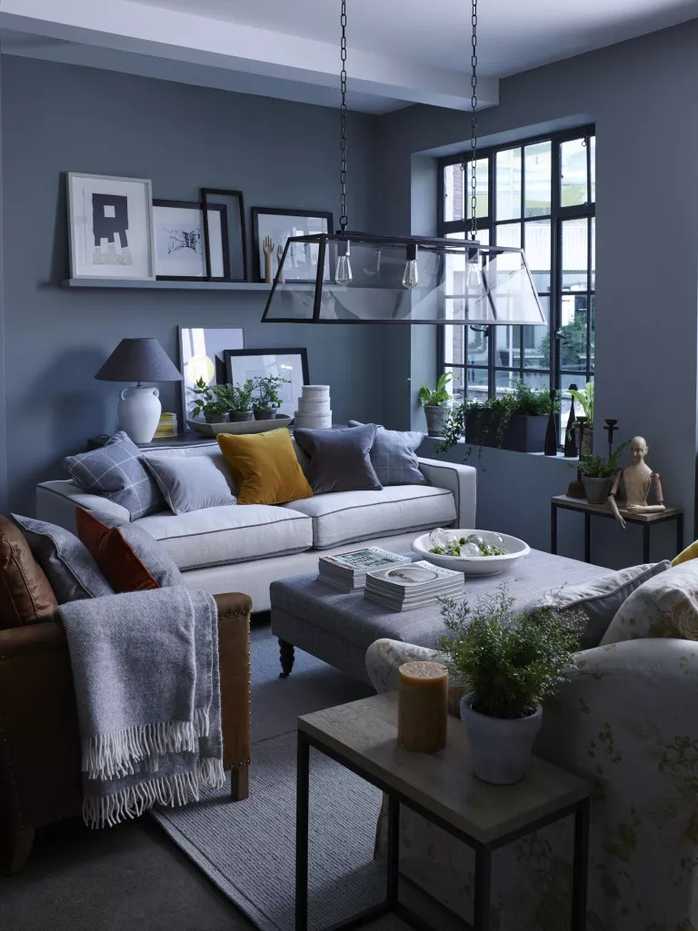 Living room with Neptune statement light