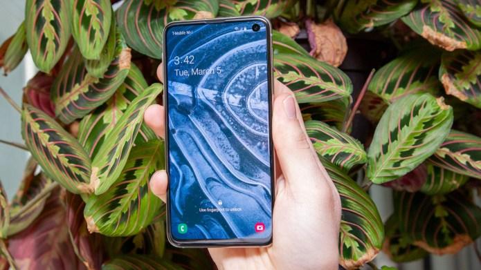 Best small phones: Samsung Galaxy S10e