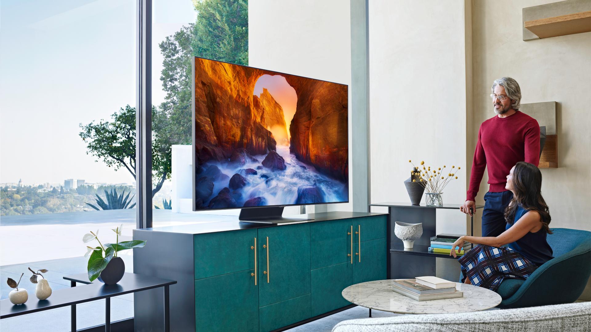 Samsung Q90 QLED TV.