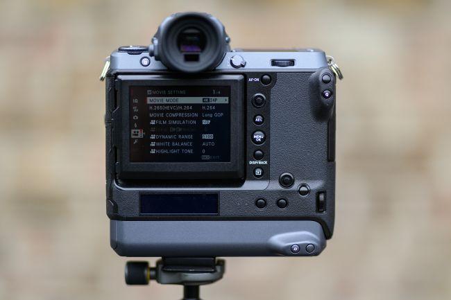 مراجعة للكاميرا العملاقة Fujifilm GFX 100 هذا ما تحتاجه للتصوير الإحترافي 5