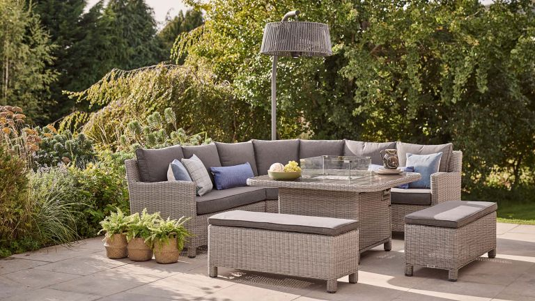 tips for choosing outdoor furniture 6