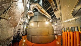 Una foto muestra el tanque de agua subterráneo donde LUX-ZEPLIN finalmente se sentará.