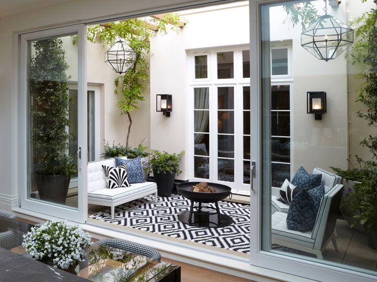 19 courtyard garden ideas that maximise