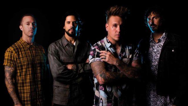 美國搖滾樂團 蟑螂老爹 Papa Roach 單曲影音 Elevate