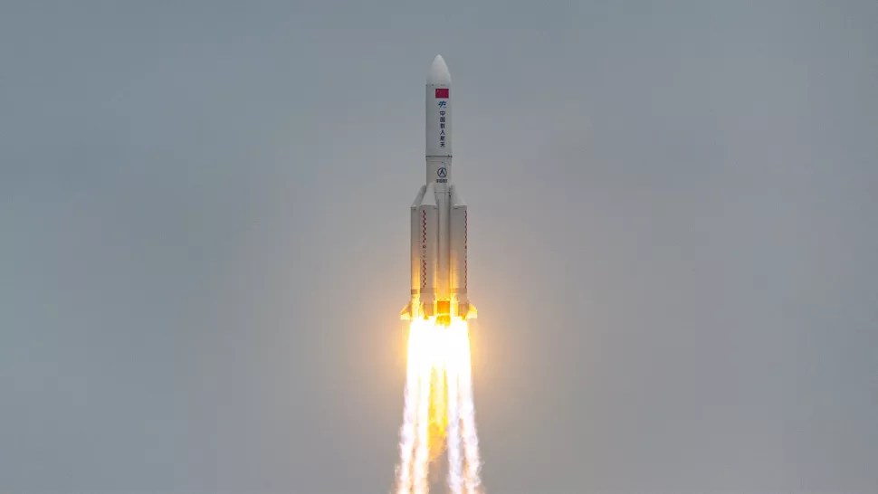 NASA slams Chinese space officials after massive rocket unpredictably plunged to Earth