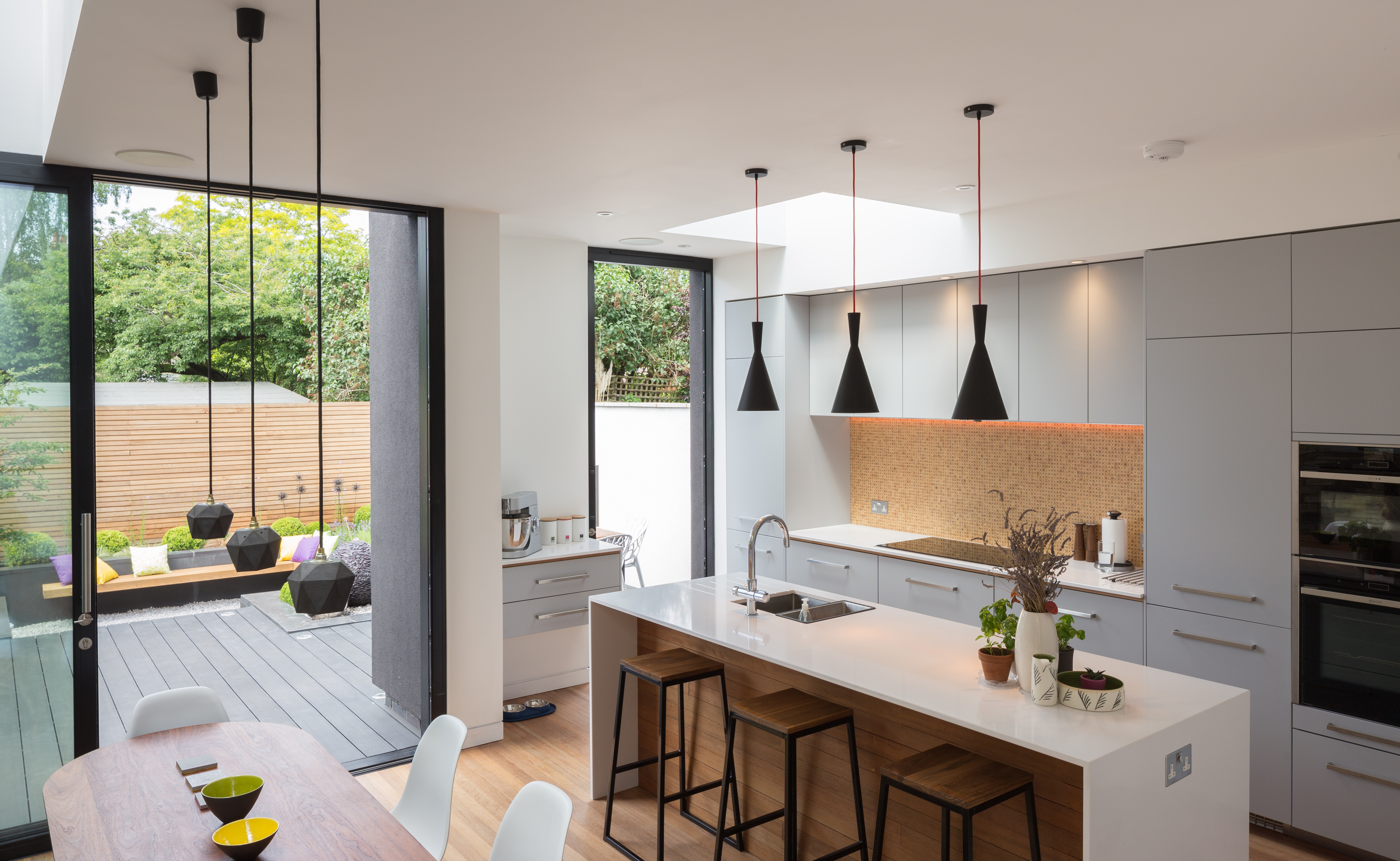 Enhancing function and flow should be the goal of any small kitchen design project. Dirty Kitchen Extension Design - Kitchenquipo