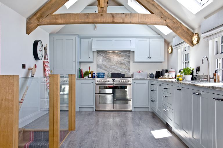 5 Coastal Kitchen Ideas To Copy And You Can Book These Homes To Stay In Real Homes
