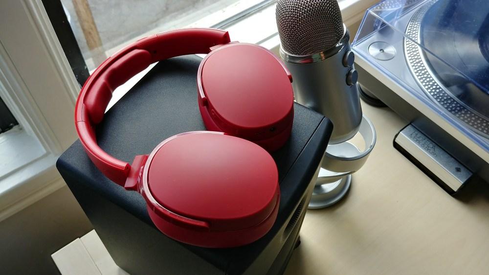 medium resolution of skullcandy hesh 3 wireless headphones review