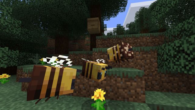 Minecraft honey: how to use Minecraft beehives to get honeycomb