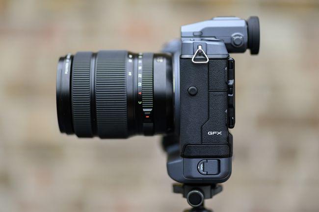 مراجعة للكاميرا العملاقة Fujifilm GFX 100 هذا ما تحتاجه للتصوير الإحترافي 6
