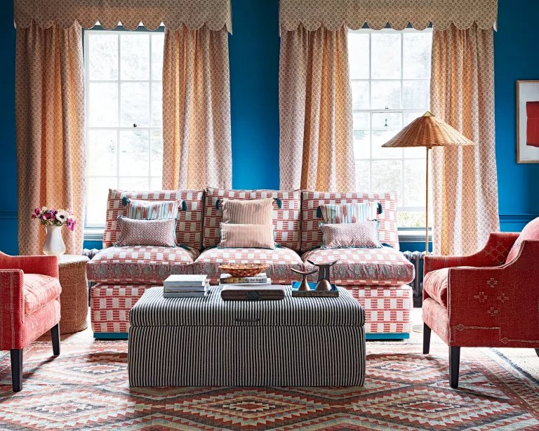 Living room fall decor with primary color palette