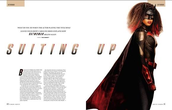 O recurso Batwoman na edição 335 do SFX.
