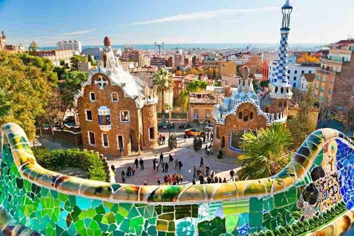 أجمل أماكن السياحة في اسبانيا للعوائل - موسوعة