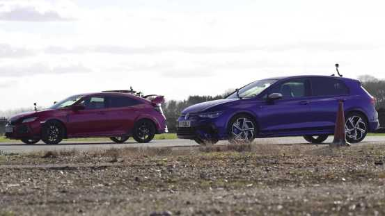 R Are you ready?  The VW Golf R fights the Honda Civic Type R in a racing race