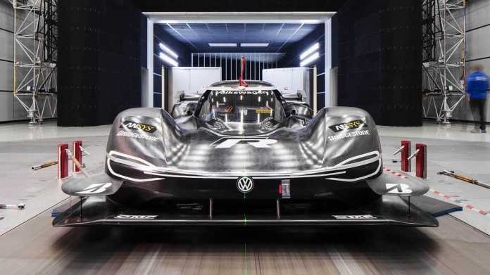 Volkswagen ID R testing DRS in wind tunnel