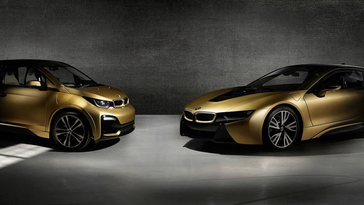 Matte Black Luxury Car Wallpaper Flashy Bmw I3 And I8 Starlight Edition Feature 24 Carat