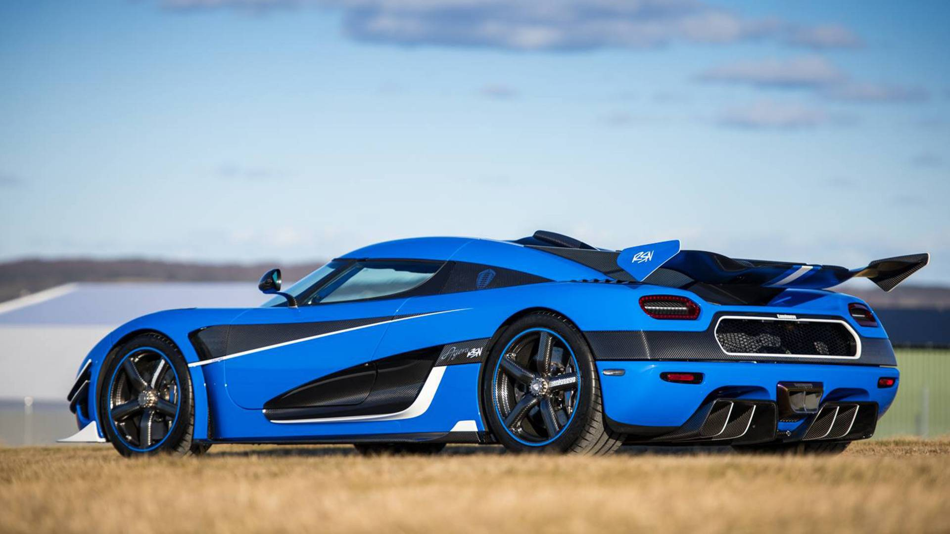 Koenigsegg Agera Rs Reaches 242 Mph In Less Than 13 Miles