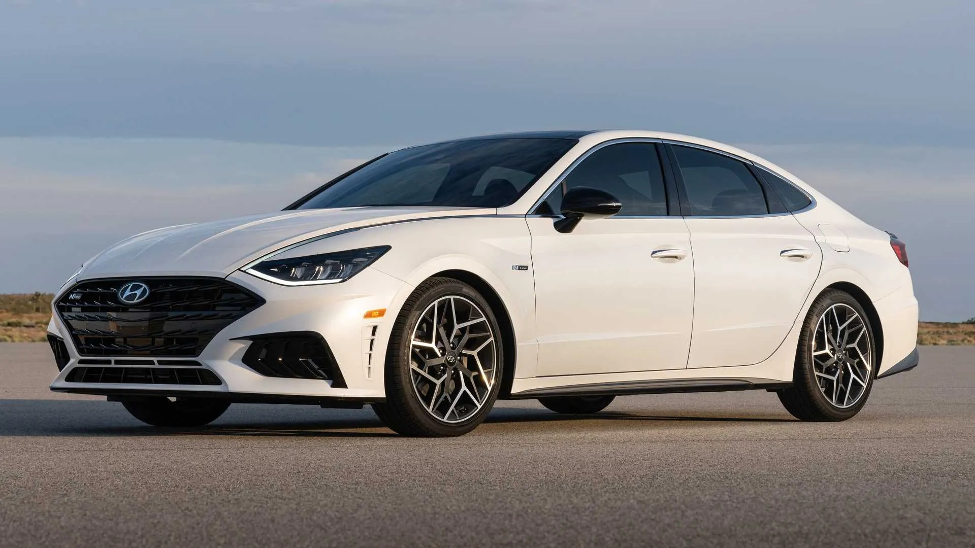 However, it appears possible that at some point the car could be. Hyundai Sonata Could Skip Facelift Get New Design In 2023 Report