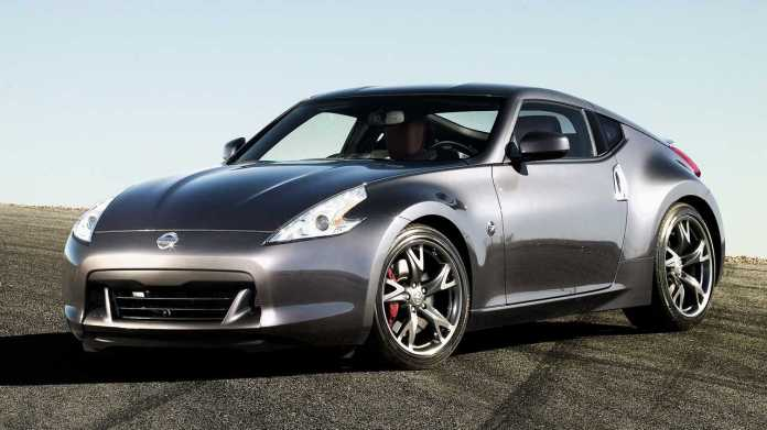2010 Nissan 370Z Coupe: $ 10,180