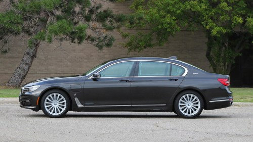 small resolution of 2017 bmw 740e review