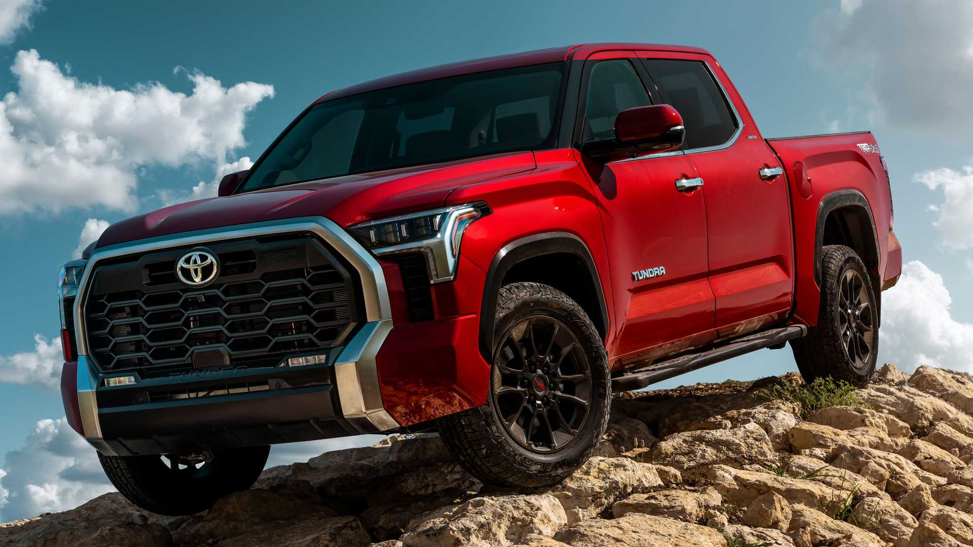 2022 Toyota Tundra Limited TRD off-road front quarter exterior
